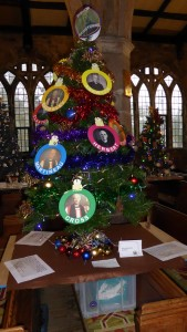 Christmas Fair Tree 2015_web6